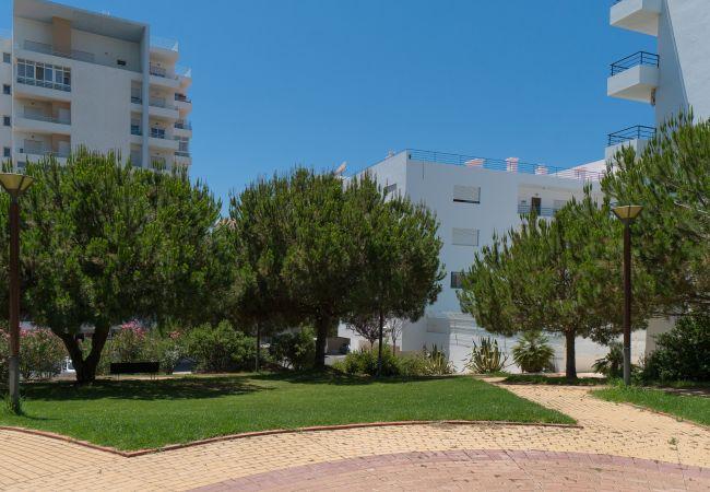 Apartamento em Quarteira - T1 Colina Ferias 8C FAMÍLIA & VISTA MAR C/ GARAGEM