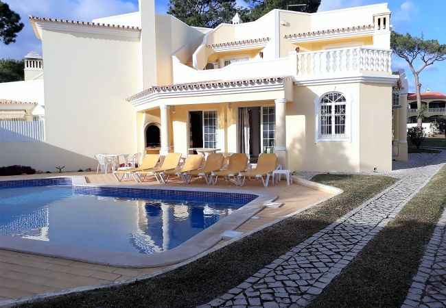 Villa em Vilamoura - V3 Villa Rosada  PISCINA, JARDIM E CAMPOS DE GOLF
