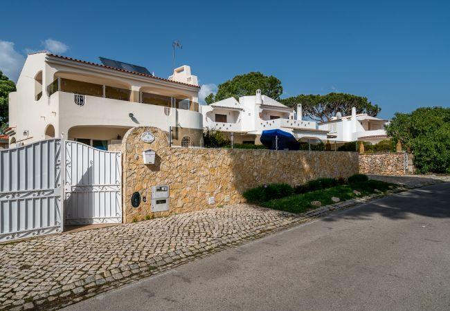 Villa em Vilamoura - V4 Villa Miera, PISCINA, PRAIAS E CAMPOS DE GOLFE