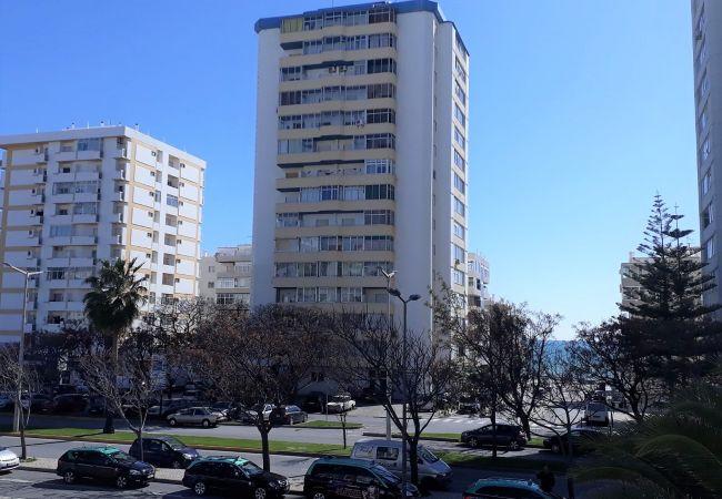 Apartamento em Quarteira - T1 Torre Azul 11 FABULOSO PÔR DO SOL WI-FI 4 PESSO