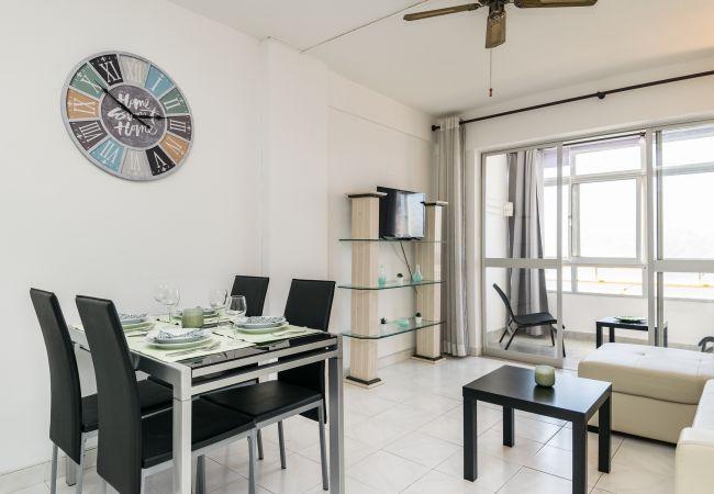 Apartamento em Quarteira - T1 Miravila 5MIN PRAIA & RESTAURANTES 4 PESSOAS