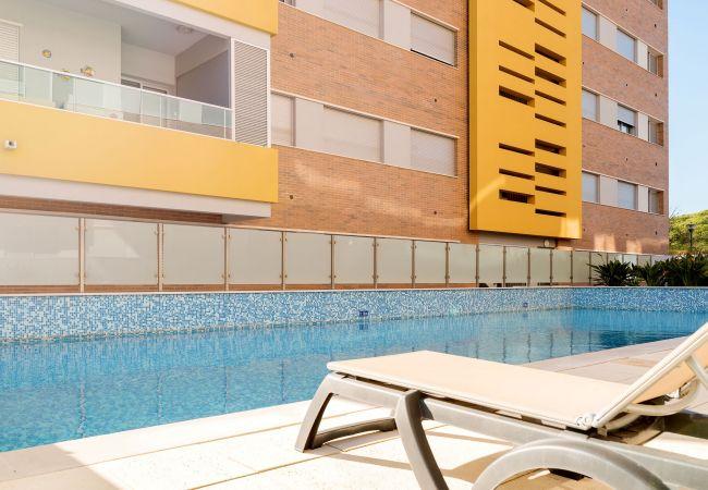 Apartamento em Quarteira - T1 Varandas do Forte 1 GARAGEM A/C WI-FI PISCINA