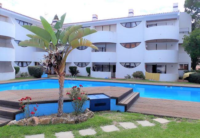 Apartamento em Vilamoura - T2 Palmeiras Golf VARANDA VISTA PISCINA 6 PESSOAS