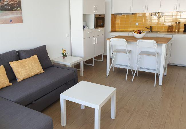 Apartamento em Quarteira - T1 Pontemira 5 - 50M PRAIA WI-FI 4 PESSOAS