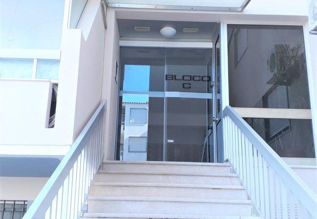 Apartamento em Quarteira - T1 Forte Novo  PISCINA 200 METROS PRAIA