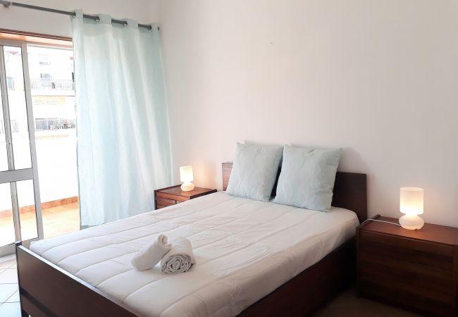 Apartamento em Quarteira - T2 M.Praia 4E 80M PRAIA wi-Fi 6 PESSOAS