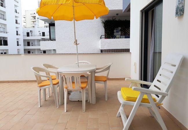 Apartamento em Quarteira - T2 TAHÍTI 1 CONFORTO & PRAIA C/ GARAGEM & WI-FI