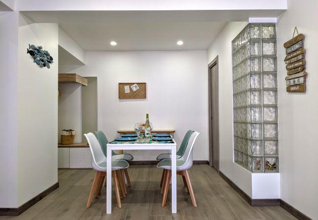 Apartamento em Quarteira - T1+1 Pátio A Santo AR COND&WiFi