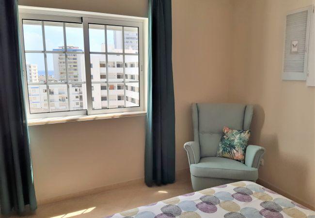 Apartamento em Quarteira - T2 Gaveto II - Ar-condicionado&Garagem