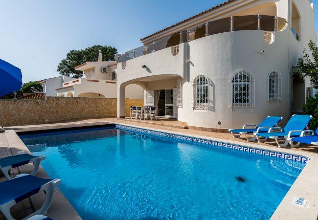 Villa in Vilamoura - V4 Villa Miera, PISCINA, PRAIAS E CAMPOS DE GOLFE
