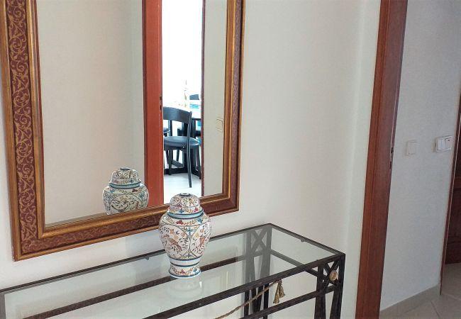 Apartment in Quarteira - T1 Avenida Mar 8 200M PRAIA WI-FI 4 PESSOAS