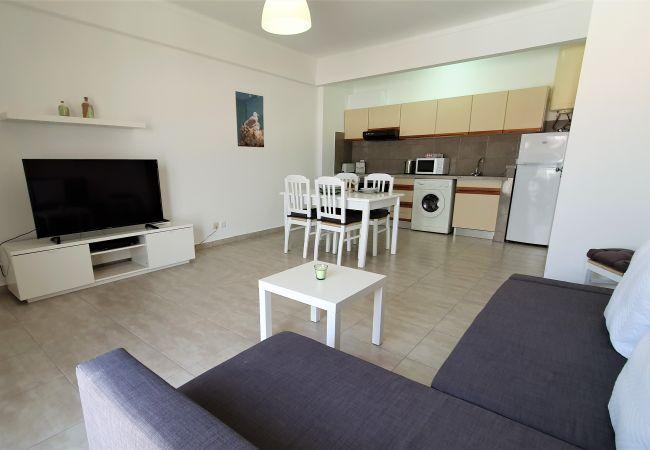 Apartment in Quarteira - T1 Dunas 7D 150M PRAIA A/C 4 PESSOAS