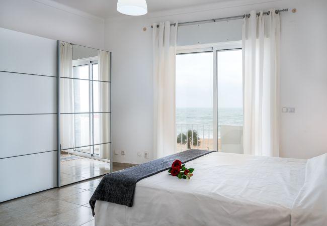 Apartment in Quarteira - T2 Avenida 1º VISTA MAR 5* A/C WI-FI 6 PESSOAS