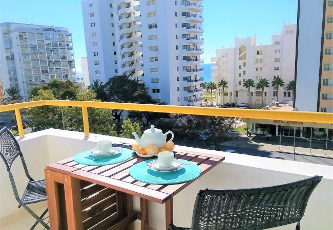 Apartment in Quarteira - T1 SOL 200M PRAIA VISTA MAR & Wi-Fi