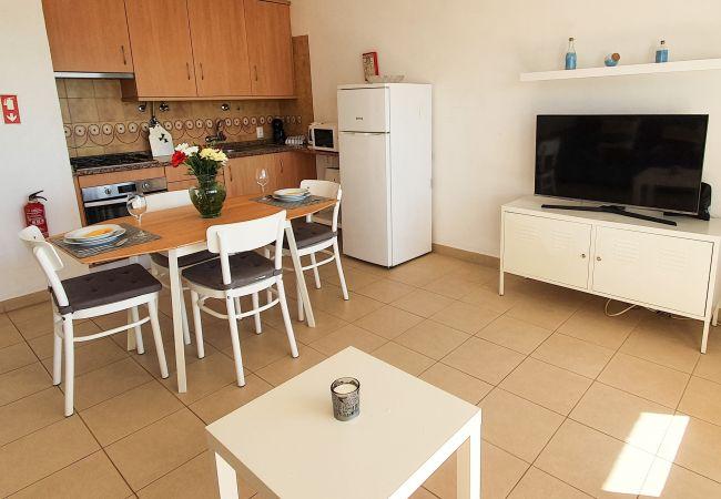 Apartment in Quarteira - T1 Praiamar 3F PRIVILÉGIO FR.MAR C/ESTACIONAMENTO