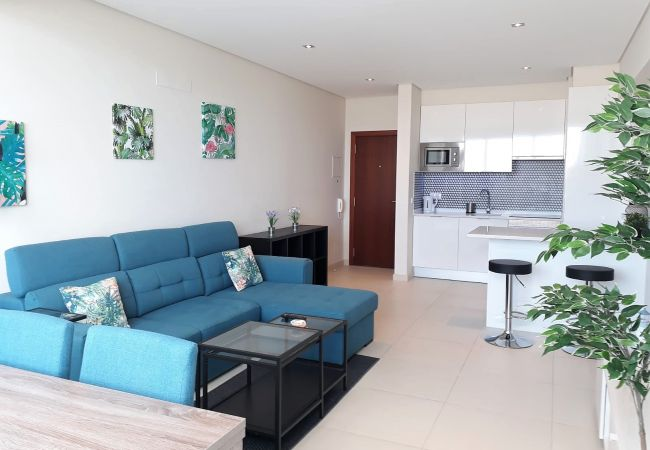 Apartment in Quarteira - T1 CONFORTO VISTA MAR 80M PRAIA & WIFI