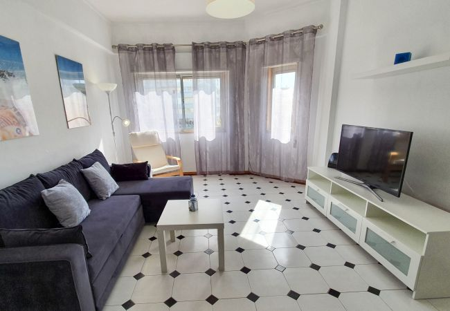 Apartment in Quarteira - T1 SOLARIS 200M Praia & WIFI