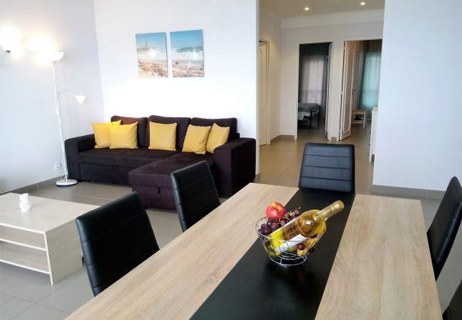Appartement à Quarteira - T2 Mamamia 3 RESTAURANTES, PRAIA E PÔR DO SOL
