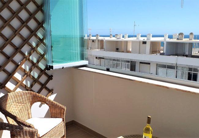 Appartement à Quarteira - T1 Mira Praia 7 80M PRAIA C/VARANDA WI-FI 4 PESSOA