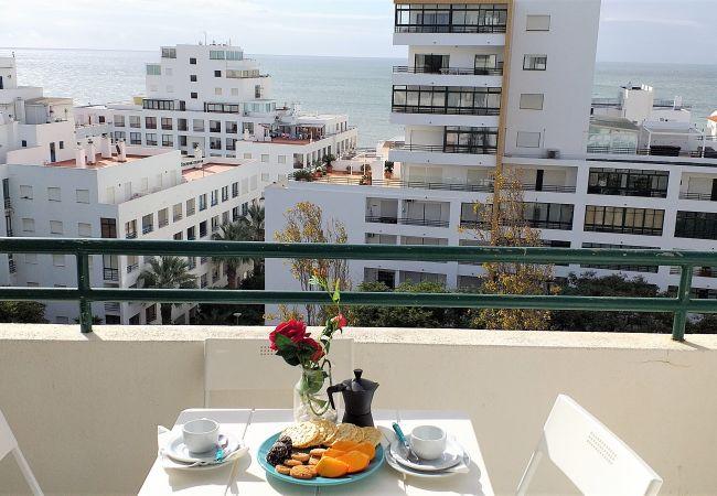 Appartement à Quarteira - T1 Avenida Mar 8 200M PRAIA WI-FI 4 PESSOAS