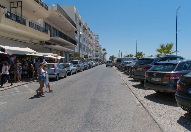 Appartement à Quarteira - T2 Avenida 1º VISTA MAR 5* A/C WI-FI 6 PESSOAS